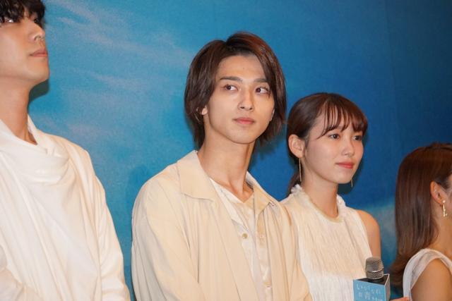 画像: 横浜流星、飯豊まりえら「実は高校の同級生」。映画イベントで和気あいあい