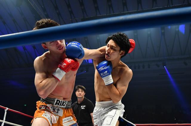 画像: 近藤魁成が1RKO勝ちで「高校生のうちにベルトを狙う」【8・24 K-1大阪】