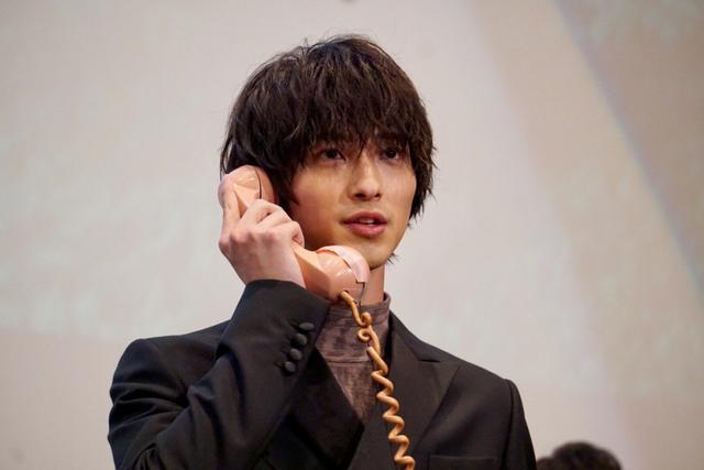 画像: 横浜流星がなくしたものは「いきがっていた自分」。飯豊は「童心をなくした」