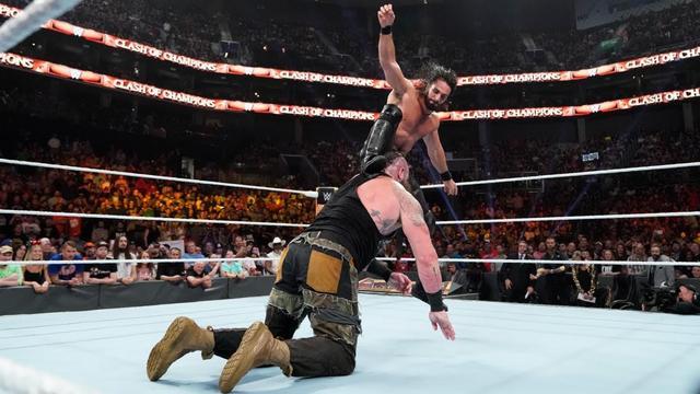画像: ロリンズがユニバーサル王座防衛もワイアットが襲撃【9・15 WWE】