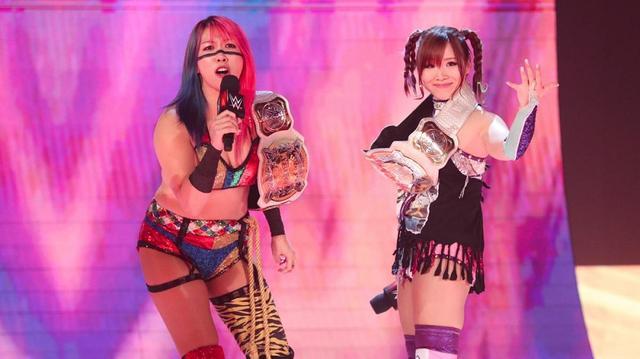 画像: カブキ・ウォリアーズがWWE2大女子王者組に勝利する大金星【10・7 WWE】