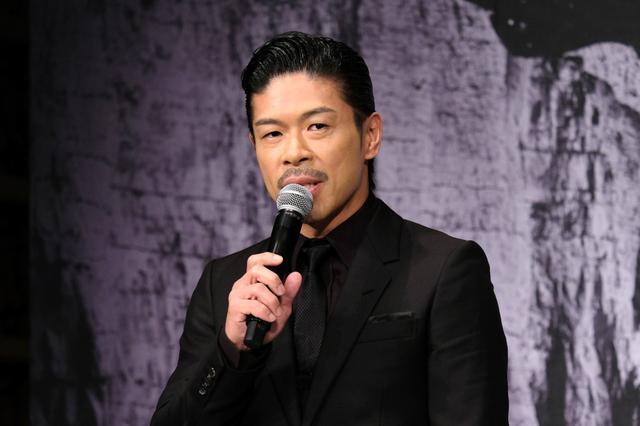 画像: EXILEの松本利夫、最新出演舞台でEXILEの「愛すべき未来へ」歌う! 人生初のボイトレも開始