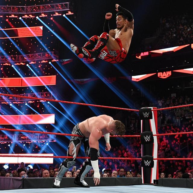画像: 戸澤がロウデビュー戦を白星で飾れず【11・18 WWE】