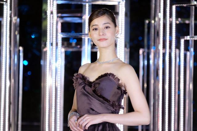 画像: 新木優子、あこがれの銀座でイルミ点灯「幻想的な空間を楽しんで」