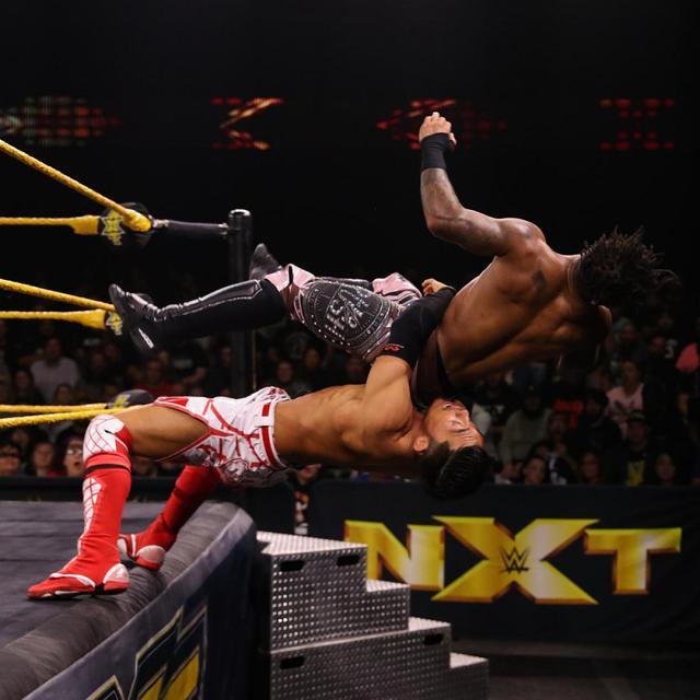 画像: 戸澤が王座奪取失敗も好試合にスタンディングオベーション【WWE NXT】