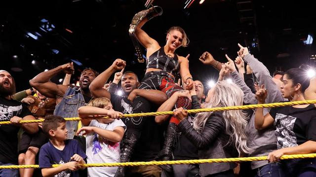 画像: シェイナが416日間守った王座から陥落【WWE NXT】