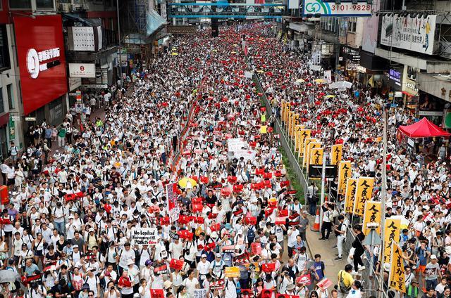画像: 【2019年振り返り 6月編】老後資金に2000万円必要? 香港で大規模デモ始まる。バスケ八村がNBAドラフト1巡目指名