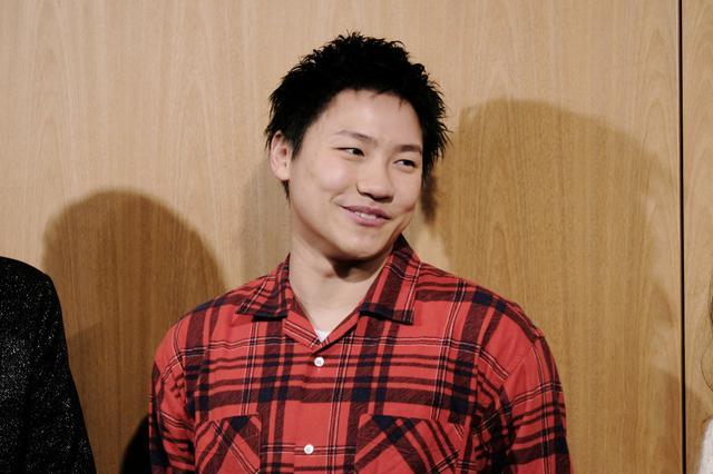画像: GENERATIONSの小森隼、初舞台で7年ぶりの黒髪「服着てない気持ち」