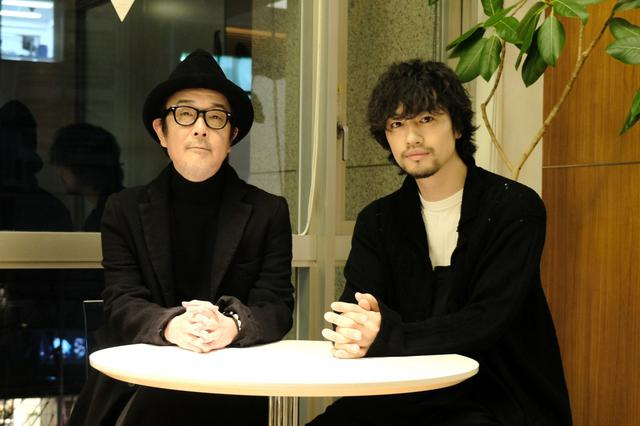 画像: リリー・フランキーと斎藤工が深夜に人情ドラマ「目で追っちゃう」