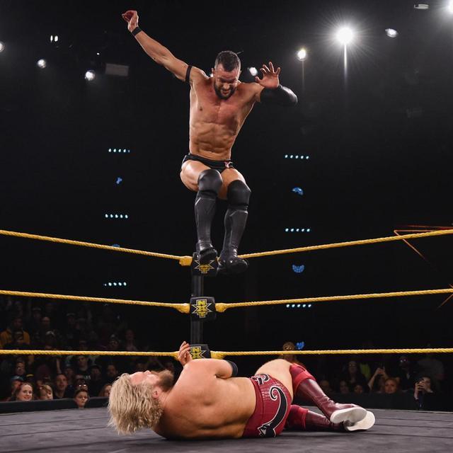 画像: フィン・ベイラーが遺恨発生のトレント・セブンに圧勝【WWE NXT】