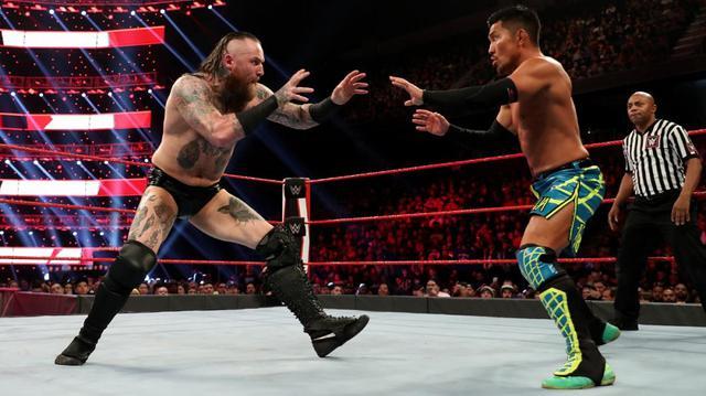 画像: 戸澤がブラックのブラックマスで敗戦【2・10 WWE】