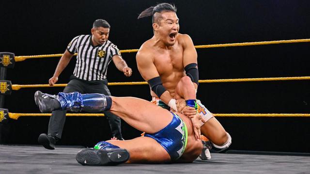 画像: 王座奪取を宣言したKUSHIDAがトーナメント初戦を激勝【WWE NXT】