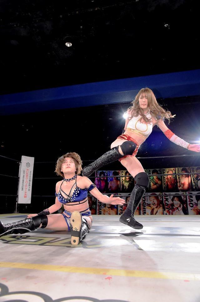 画像: 赤井沙希が七番勝負前哨戦で安納サオリに敗退【DDT】
