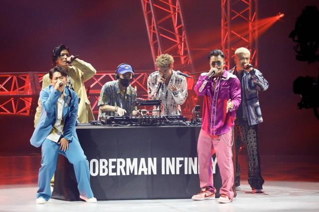 画像: DOBERMAN INFINITY「俺ら、ライブ向いてるよな?」配信ライブで盛り上げる