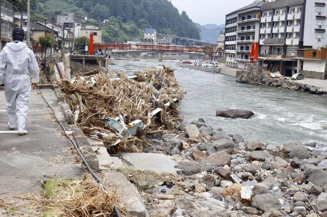 画像: 被災地でいま深刻な「臭い」問題。大分の温泉街で「消臭バスターズ」結成