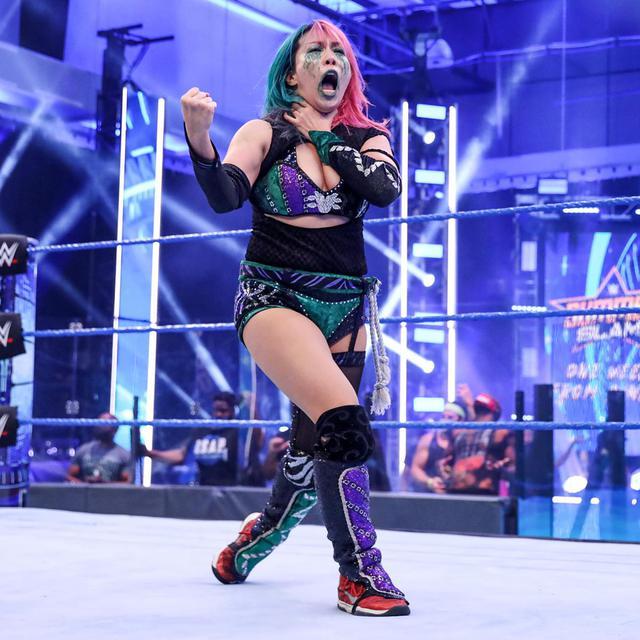 画像: アスカがバトルロイヤルを制し「サマースラム」で2大女子王座2連戦【WWE】
