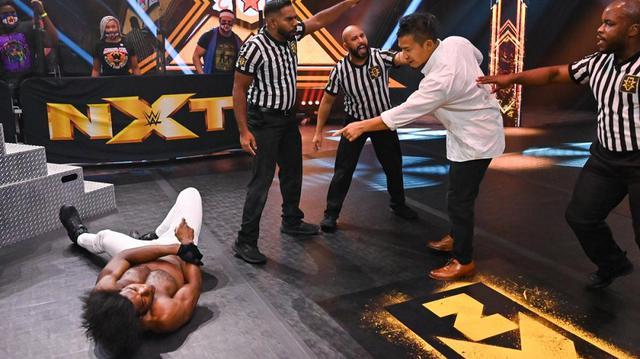 画像: KUSHIDAが因縁のベルベティーン・ドリームを急襲【WWE NXT】