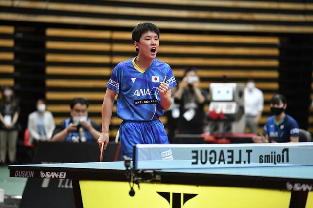 画像: 半年ぶりの実戦で張本智和が2連勝。早田ひなは2試合ともに10オールの熱戦展開【Tリーグオールスター戦】