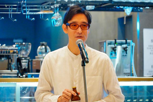 画像: 小宮山雄飛、渋谷エリア限定ビール「渋生」の初栓抜きに「本来ならばZeebraさんが」