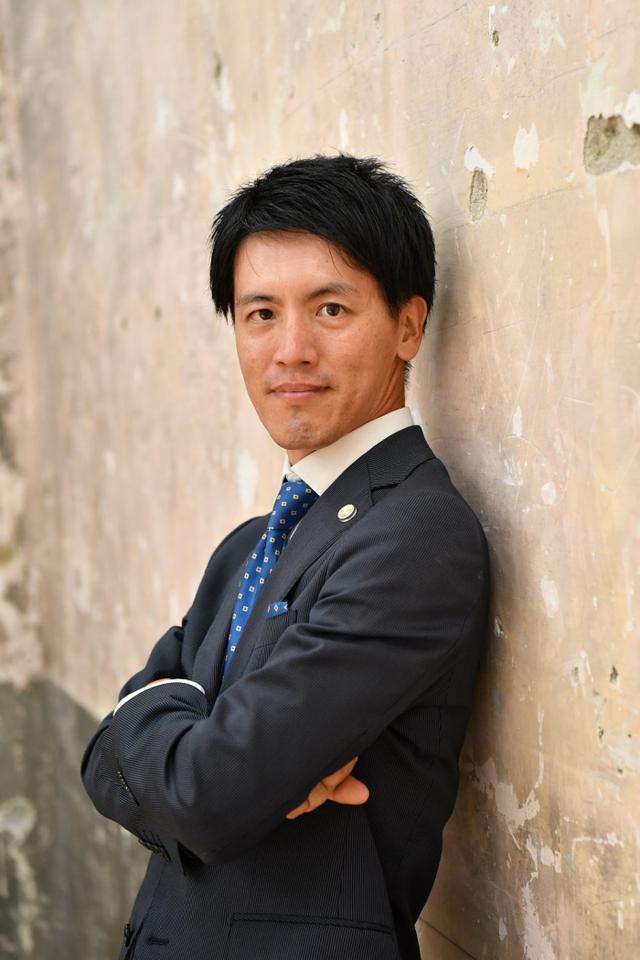 画像: 横粂勝仁が語る菅義偉首相「期待している。でも官房長官の姿勢のままで総理になってはダメ」