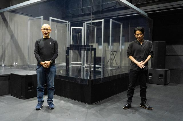 画像: 佐藤アツヒロと鈴木勝秀の最新舞台『YARNS』初日! 感染症対策を演出に織り込み「大きな収穫」