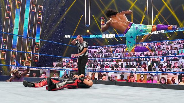 画像: 中邑真輔&セザーロがニュー・デイに敗れて無念の王座陥落【WWE】