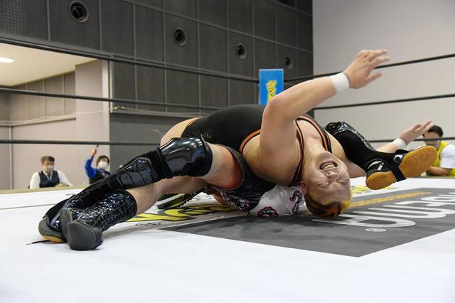 画像: UNIVERSAL王座V2のクリス・ブルックスに上野勇希が11・3大田区で挑戦【DDT】
