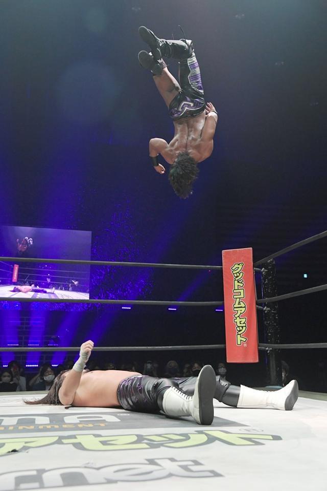 画像: 遠藤哲哉が佐々木大輔を下し、KO-D無差別級王座を死守! 試合後には両者がよもやの和解【DDT】