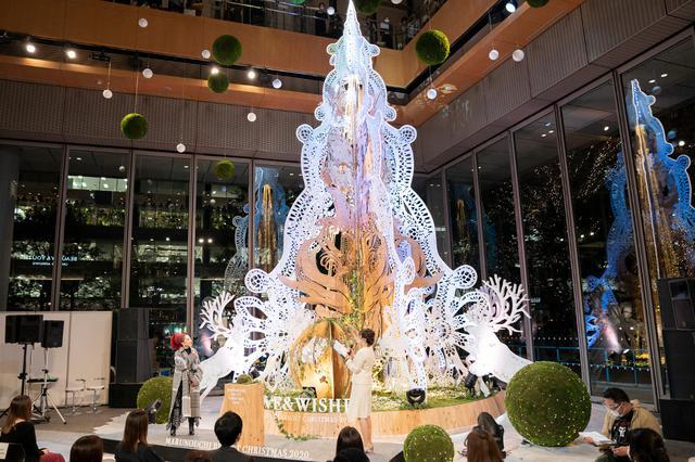 画像: MISIA「クリスマスは大好きな人たちが笑顔だといいな」丸ビルのクリスマスツリーを点灯