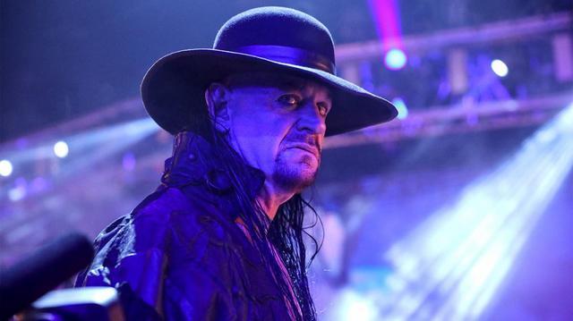 画像: アンダーテイカーがセレモニー「最後の別れ」で引退を宣言【WWE】