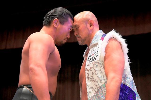 画像: 樋口和貞が秋山準から大金星ゲットで「D王」決勝進出にかすかな望み【DDT】