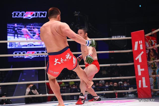 画像: スダリオ剛がミノワマンにKO勝ちし「日本のヘビー級の人たちを一人ずつ潰していく」【RIZIN.26】