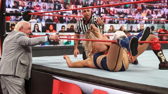 画像: リック・フレアーがレイシーの誘惑にまたも娘シャーロットを裏切る【WWE】