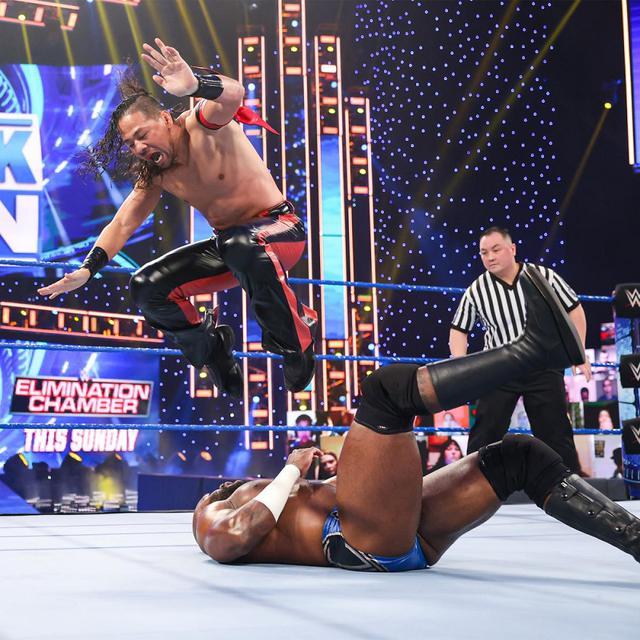 画像: 中邑真輔に敗れたクルーズが試合後、IC王者ビッグEを襲撃し病院送り【WWE】