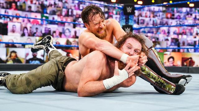 画像: 王者レインズが「お前が選ぶのは俺1人だ」とRR覇者エッジをスピアー葬【WWE】