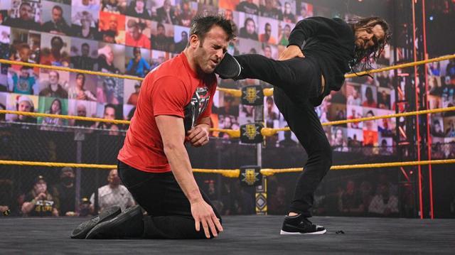画像: アダム・コールがオライリーに続き盟友ストロングに裏切りのスーパーキック【WWE NXT】