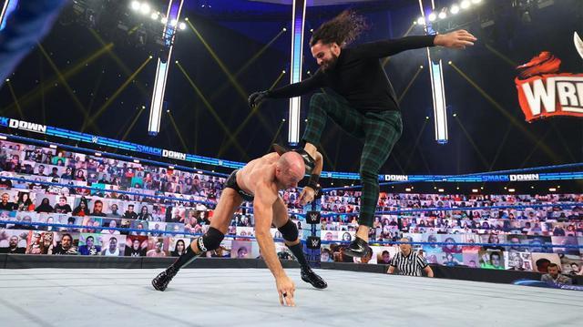 画像: 中邑真輔が盟友セザーロを襲撃したセス・ロリンズと因縁勃発【WWE】