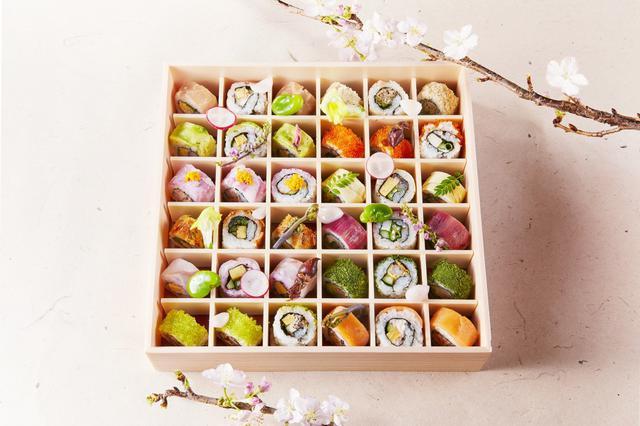 画像: ふたを開けると春満開!銀座で見た目も味わいも華やかな「お花見ロール寿司弁当」をテイクアウト