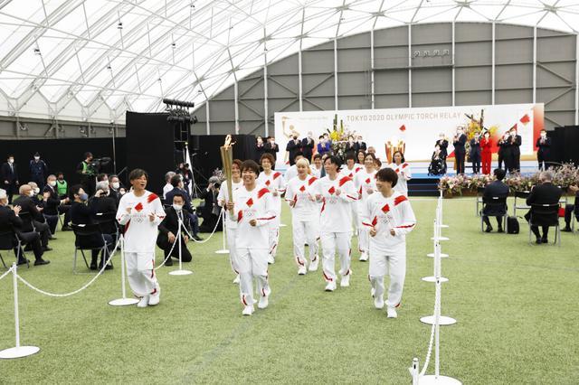 画像: 五輪聖火リレー、福島Jヴィレッジでグランドスタート。感染考慮し、無観客で開催