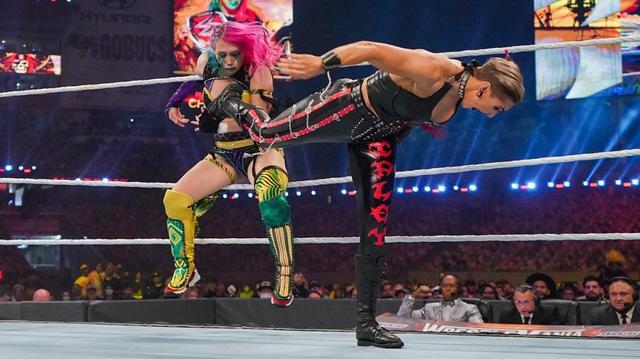 画像: アスカが悪夢の王座陥落。リア・リプリーが新ロウ女子王者に【WWE】