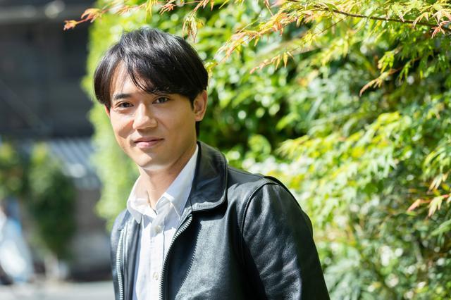 """画像: 小澤雄太、新たな演技で""""本物""""の俳優へ。伝説の公演『ピサロ』がアンコール上演!"""