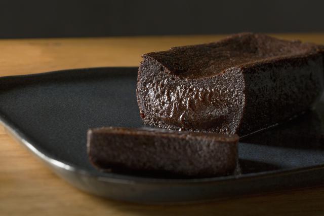画像: 罪悪感ゼロのスイーツがオンラインに登場!話題の「2foods」濃厚ヴィーガンガトーショコラを食べてみた