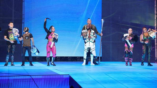 画像: ビアンカら王者たちがWWEのライブツアー再開を祝福もベイリーが横槍【WWE】