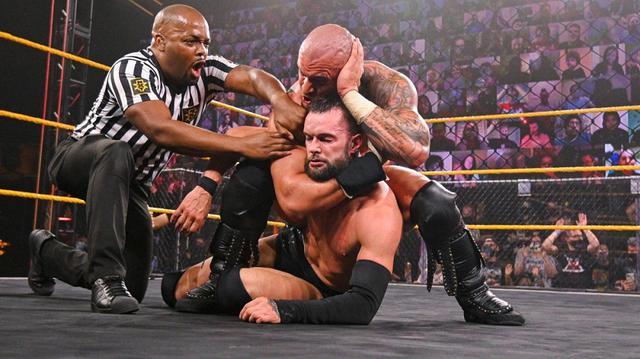 画像: 王者カリオン・クロスが前王者フィン・ベイラーを制して王座防衛に成功【WWE NXT】