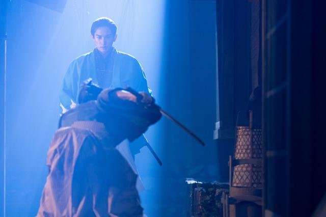 画像: 土方歳三を演じる町田啓太の美しい殺陣に吉沢亮が「いいなあ」<青天を衝け>