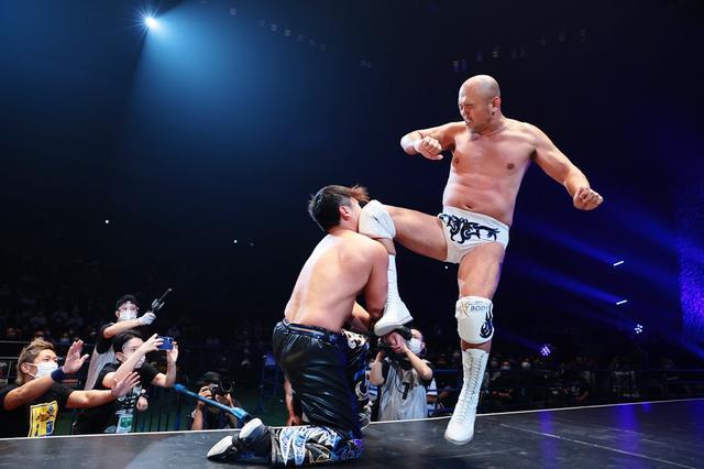画像: 秋山準がHARASHIMAを下しKO-D無差別級王座V3。「次は『KING OF DDT』で優勝して、高木三四郎社長を指名します」【6・6サイバーフェス】