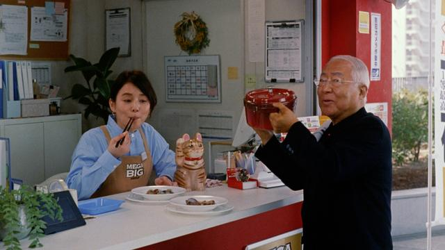 画像: 石田ゆり子、BIG売場で服部幸應とアクアパッツア「ぜひ作り方を」