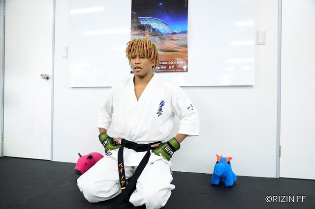 画像: MMA初挑戦のベイノアが試合内容と笑いで「東京ドーム破裂」を予告【RIZIN.28】