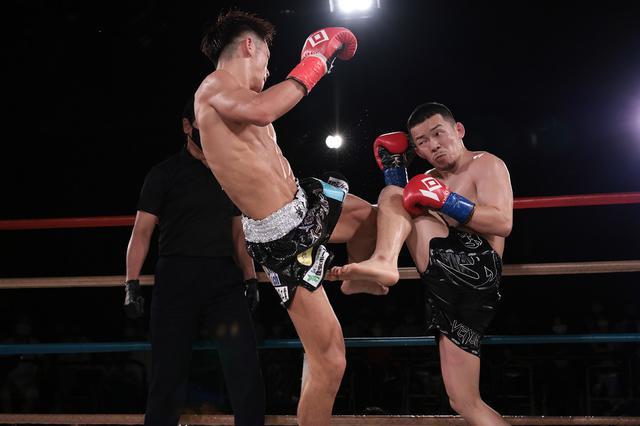 画像: REDスーパーフライ級王者・白幡裕星が元ボクシング日本王者・悠斗に完勝【KNOCK OUT】