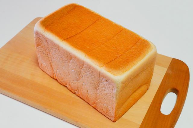 画像: 旅行会社が作った高級食パン!?新宿御苑前で「夢みる生食パン おとぎ話」販売スタート